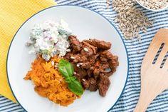 Fitness recepty s vysokým obsahom bielkovín Low Calorie Recipes, Tofu, Grains, Curry, Food And Drink, Low Carb, Rice, Keto, Meals