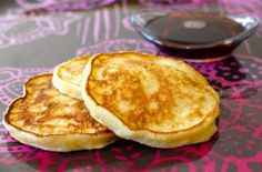 Cottage Cheese Pancakes — Punchfork  (use almond flour)