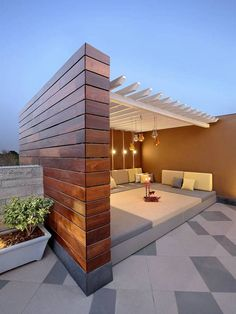 Outdoor patio terrace and building a terraced patio. Get inspired by these swoon-worthy terrace and patio ideas. Terrace Garden Design, Rooftop Terrace Design, Terrace Decor, Rooftop Patio, Patio Design, Backyard Patio, Exterior Design, Villa Design, House Design