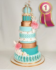 Turquise and pink cake