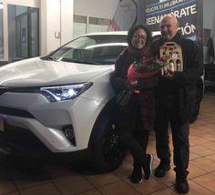 RAV4 HYBRID, potente presencia en Concesionario Toyota en Pontevedra