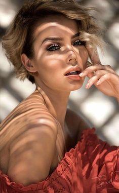 Prettiest Celebrities, Beautiful Celebrities, Beautiful Actresses, Beautiful Women, Lovely Eyes, Stunning Eyes, Beauty Full Girl, Beauty Women, Fair Skin Makeup