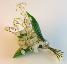 Carved Rock Crystal, Nephrite &Diamond Lily-Of-The-Valley Brooch image 4