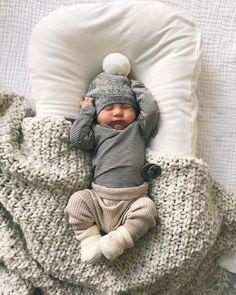 Fashion Kids, Baby Boy Fashion, Style Fashion, Fashion Shoes, Carters Baby, Baby Boy Newborn, Newborn Boy Outfits, Baby Gap, Newborn Boy Clothes