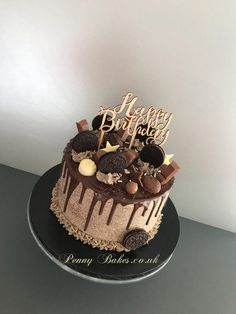 Chocolate Birthday Cake Decoration, Birthday Drip Cake, Candy Birthday Cakes, Birthday Cake For Him, Elegant Birthday Cakes, Pretty Birthday Cakes, Birthday Cake Decorating, Chocolate Drip Cake Birthday, Nutella Birthday Cake