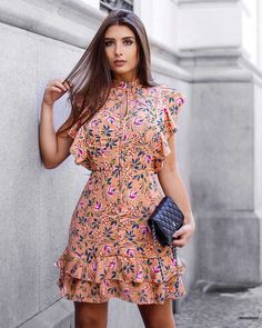 Pretty Image Ideas – Ideas for all Dresses & Outfits for All Ocassions Lovely Dresses, Simple Dresses, Casual Dresses, Casual Outfits, Short Sleeve Dresses, Summer Dresses, Chiffon Dress, I Dress, Dress Outfits