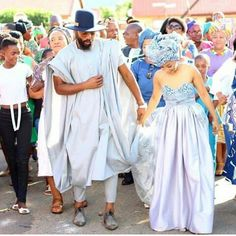 African Traditional Dresses, Traditional Wedding Dresses, Traditional Outfits, Traditional Weddings, African Wedding Attire, African Attire, African Weddings, African Goddess, African Men Fashion
