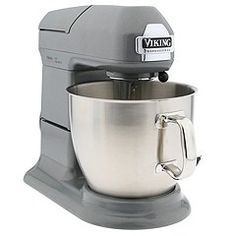 Viking 7 QT Stand Mixer!!! This will eventually be in my kitchen. I would be able to make 24 dozen batches of cookies at one time! Think of all the time I would save!! Discover how you can get the best stand mixer for your kitchen @ http://smallappliancesforkitchen.net