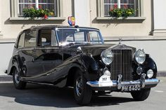 1954 Rolls-Royce Phantom IV Limousine Mulliner(HRH Princess Margaret's car)