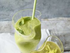 Avocado-Smoothie mit Basilikum |
