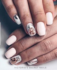 100 Most Beautiful Short Nails Designs for 2019 – Page 3 – BelleTag While some women like their nails to be long, the others find short nails practical. Check most stunning short nails designs for your inspiration. Short Nail Designs, Acrylic Nail Designs, Nail Art Designs, Nails Design, Floral Designs, Cute Acrylic Nails, Cute Nails, Pretty Nails, Spring Nails