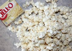 – Oh Bite It Party Popcorn Recipes, Popcorn Snacks, Gourmet Popcorn, Party Snacks, Chocolate Covered Popcorn, White Chocolate Chips, Rice Krispie Treats, Rice Krispies, Jello Instant Pudding