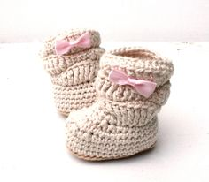 Crochet Booties, Baby Girl Booties, Crochet Baby Boots by stitchesbystephann on Etsy https://www.etsy.com/listing/193932040/crochet-booties-baby-girl-booties