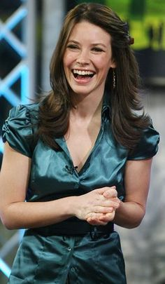 pictures of celebrities wearing satin blouses (and other blouses too) Satin Top, Silk Satin, Evangeline Lilly, Satin Blouses, Celebs, Celebrities, Satin Dresses, Celebrity Pictures, Kinky