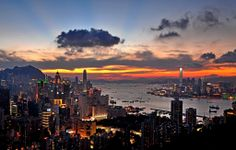 Fabulous photo by Ricky Y.P. of Victoria Harbour, Hong Kong, at dusk (http://www.panoramio.com/photo/58574612)