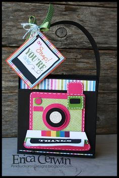 Oh, Snap! Thank you cards in a cute card holder. Tutorial available!