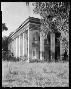 Belle Helene, Geismar, Ascension Parish, Louisiana and other family and vintage photos from the past. Put faces to the names of your loved ones at AncientFaces. Old Southern Plantations, Southern Plantation Homes, Louisiana Plantations, Southern Mansions, Southern Homes, Plantation Houses, Southern Living, Southern Style, Southern Gothic