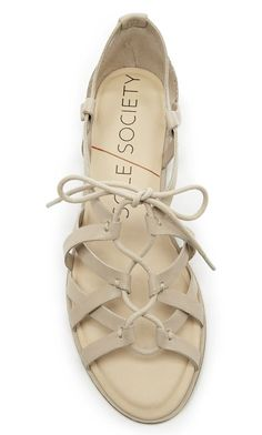 neutral leather lace-up sandal//