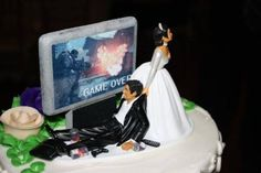 Oh, Sexism, You Old Scamp: Gamer Geek Wedding Cake Topper Gamer Wedding Cake, Funny Wedding Cake Toppers, Geek Wedding, Wedding Topper, Unique Wedding Cakes, Wedding Humor, Unique Weddings, Dream Wedding, Wedding Ideas