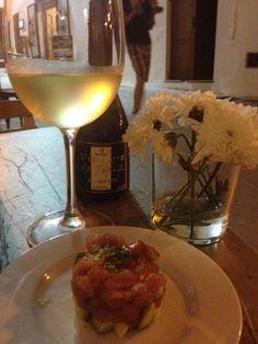 Tarta de atún de almadraba en #vejer y #manzanilla, by @chelsealeachica