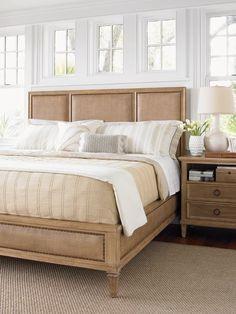 Подборка великолепных кроватей от Lexington Home https://www.facebook.com/DecoRoom.Furniture/posts/727790853936478