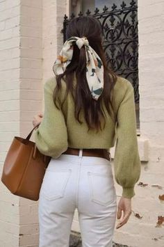 7 Chic Ways To Dress Like a French Women. How to style your clothing to achieve the classic Parisian chic look 7 Chic Ways To Dress Like a French Women. How to style your clothing to achieve the classic Parisian chic look Street Style Outfits, Mode Outfits, Casual Outfits, Classy Outfits, School Outfits, Casual Brunch Outfit, Scarf Outfits, Airport Outfits, Classy Clothes