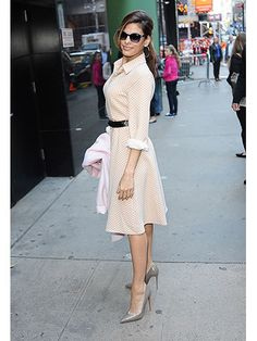 LOVE all these styes. So ladylike. Classic Outfits For Your Wardrobe - Celebrity Fashion Inspiration