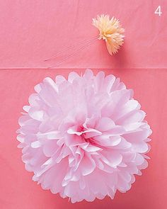 Want to learn how to make tissue paper pom poms for your new nursery? New Arrivals Inc is here to show you how to make DIY tissue pom poms! Tissue Paper Pom Poms Diy, Tissue Paper Flowers, Diy Paper, Paper Crafts, Paper Poms, Paper Balls, Tissue Balls, Paper Dahlia, Dahlia Flowers