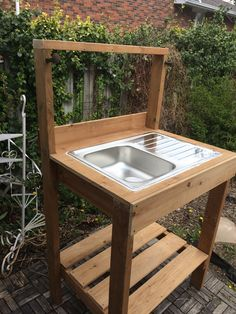 Outside sink, outdoor sinks, outdoor kitchen sink, hand washing station, po Outdoor Kitchen Sink, Outdoor Sinks, Outdoor Kitchen Countertops, Mud Kitchen, Outdoor Kitchen Design, Kitchen On A Budget, Kitchen Ideas, Outdoor Garden Sink, Outdoor Kitchens