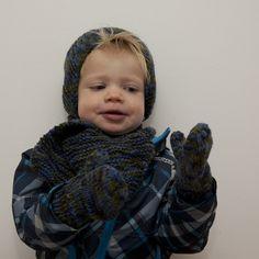 Wantjes voor peuters vanaf 2 jaar.     Nodig:    breiwol Zeeman Royal melange blauw/groen.   ***met 1 bol van 100 gram  kun je ee...