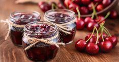Domáci čerešňový džem - dôkladná príprava krok za krokom. Recept patrí medzi tie najobľúbenejšie. Celý postup nájdete na online kuchárke RECEPTY.sk.