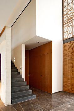 Agraz Architects X House : Interior Wall Desk