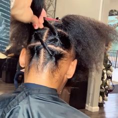 30 Cute and Easy Natural Hairstyle Ideas For Toddlers Mixed Girl Hairstyles, Cute Toddler Hairstyles, Girls Natural Hairstyles, Little Girl Hairstyles, Diy Hairstyles, Black Hairstyles, Hairstyle Ideas, Black Girl Braids, Girls Braids
