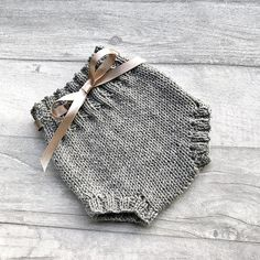 Handmade baby bloomers  knitted bloomers
