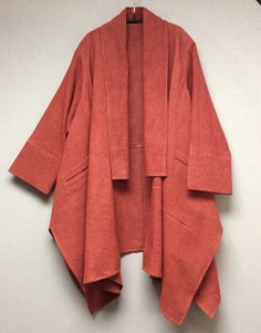 Silk and cotton kimono coat - This would be nice in Linen also. Kimono Fashion, Hijab Fashion, Fashion Dresses, Look Fashion, Womens Fashion, Fashion Design, Fashion Trends, Fashion Coat, 2000s Fashion