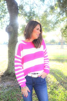 Shop Jess Lea Boutique-Shelbi Striped Lightweight Sweater   #jesslea #jessleaboutique #jessleastyle #casualstyle #momstyle #casualoutfit #easyoutfit #ootd #boutique #boutiquestyle #lightweightsweater #springsweater #pinksweater #stripedsweater #stripes #sweater #perfectsearter #casualsweater Blazer Outfits, Sweater Outfits, Casual Outfits, Chambray Top, Chambray Dress, Leopard Print Top, Valentine's Day Outfit, Mom Style, Boutique Clothing