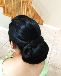 Saree Hairstyles, Slick Hairstyles, Bun Hairstyles For Long Hair, Indian Wedding Hairstyles, Updo Hairstyle, Celebrity Hairstyles, Beautiful Buns, Beautiful Long Hair, Amazing Hair