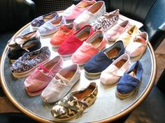 clearance toms