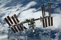 Spaceflight Now | Space station life extension approved by White House