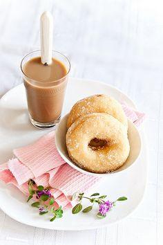 Dougthnuts (Dulce de leche filling)