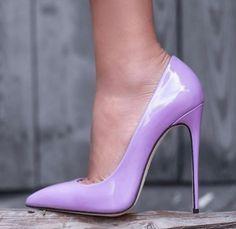 Red Stiletto Heels, Purple High Heels, Red Stilettos, Shoes Heels Pumps, Girls Heels, Heels Outfits, Classic Pumps, Fashion Heels, Heels