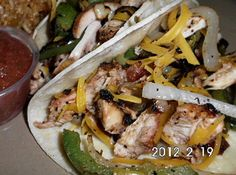 Chicken Fajitas, Yummm, this one is low fat and low carbs, not lacking flavors at all. Very good.