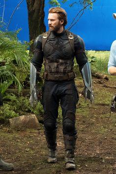 Chris Evans behind the scenes of Avengers: Infinity War