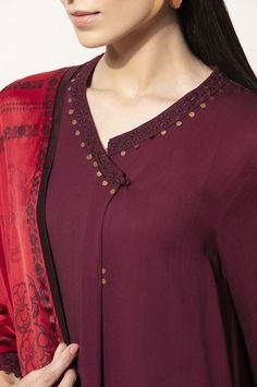 Latest kurti neck design - The handmade craft Salwar Designs, Salwar Suit Neck Designs, Simple Kurti Designs, New Kurti Designs, Kurta Neck Design, Kurta Designs Women, Kurti Designs Party Wear, Collar Kurti Design, Churidhar Neck Designs