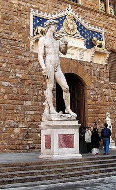 Palazzo Vecchio - copie du David de Michel-Ange