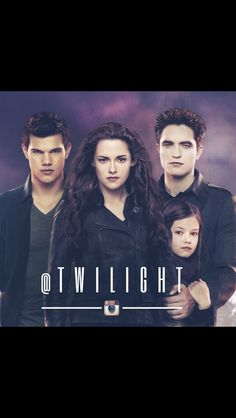 the moment before the battle Twilight Saga Series, Twilight Breaking Dawn, Mackenzie Foy, Movie Couples, Edward Cullen, Husband Love, Beautiful Stories, New Moon, Love Pictures