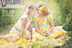 Cute wish i had this picture with Canavello Mrasek Henderson Vick or Pearl Liu Hill when we were little Little Girl Photography, Sibling Photography, Love Photography, Children Photography, Birthday Photography, Daisy Party, Kid Poses, Photo Tips, Photo Ideas