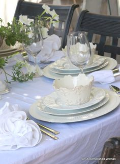 An Accomplished Woman: Diner en Blanc
