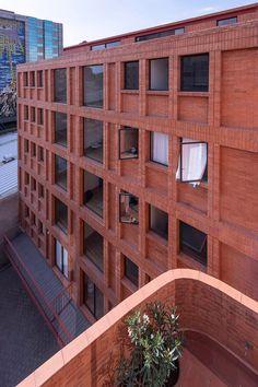 Reddish facades, generous balconies and open-air corridors define an urban residential building in Mexico City by local studio CPDA Arquitectos. Concrete Forms, Concrete Facade, Red Architecture, Contemporary Architecture, Classical Architecture, Residential Architecture, Brick Design, Red Bricks, Building Facade
