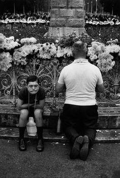 Santuario de Lourdes, Francia – Josef Kaudelka, 1973